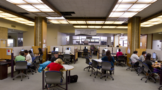 Computers for student & public use in Library South 1st floor